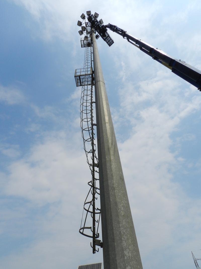 manutenzione torre faro fisse corona mobile