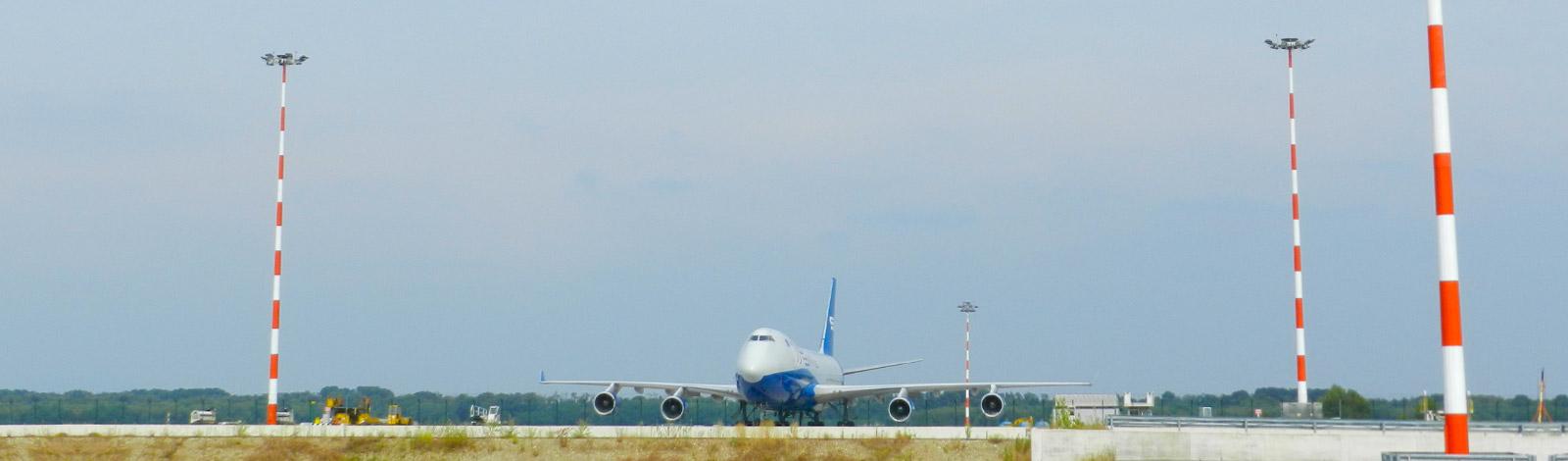 manutenzione torri faro aeroporti